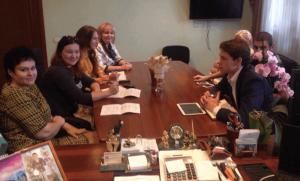 Глава управы района Зябликово Елена Хромова встретилась с представителями районной Молодежной палаты.