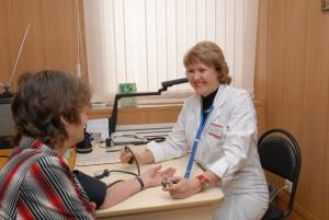 В Москве внедряют проект, с помощью которого пациенты-хроники смогут общаться с лечащим врачом через интернет