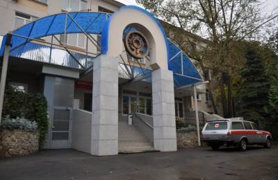 В районе Орехово-Борисово Северное строители завершили монтажные работы по возведению спального корпуса Центра милосердия