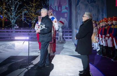 Церемонию закрытия фестиваля посетил мэр города Москвы Сергей Собянин