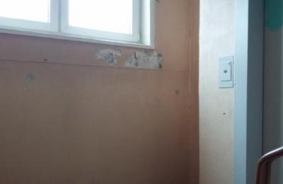 В районе Зябликово по просьбе местного жителя отремонтирован подъезд многоквартирного дома