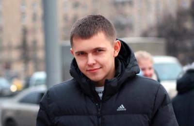 На фото председатель молодежной палаты района Зябликово Алексей Гераськин