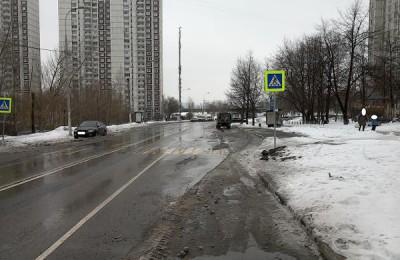 В Зябликове по просьбе жителя прочистили мусоропровод в доме на Задонском проезде