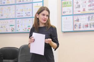 Перед депутатами муниципального округа Зябликово на прошедшем заседании выступила главный врач поликлиники 214 Алла Ошнокова