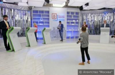 В Москве начались открытые дебаты участников предварительного голосования ЕР