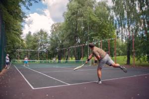НА фото теннисисты одного из районов ЮАО