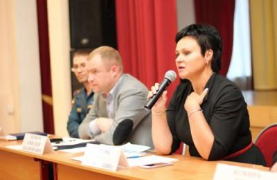Глава управы Елена Хромова ответит на вопросы местных жителей