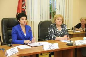 На фото Елена Хромова и Ирина Золкина