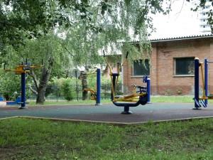 На фото одна из площадок для воркаута в ЮАО