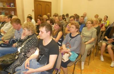 Очередная встреча главы управы Елены Хромовой с жителями прошла в районе Зябликово