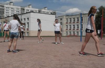 В районе Зябликово 19 июня состоялся любительский турнир по волейболу