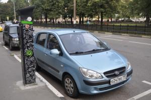 На фото одна из парковочных зон в Зябликове