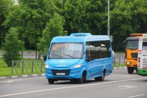 На фото маршрутный автобус нового образца