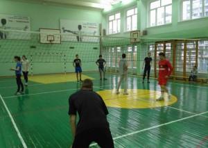 Молодые парламентарии Зябликова провели волейбольный турнир в школе №2116