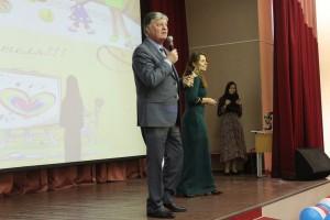 На фото директор школы №2116 Александр Королев