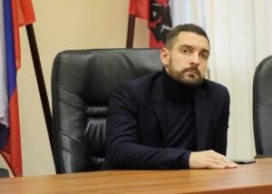 Первый заместитель главы управы района Зябликово Алексей Веришко 19 октября провел встречу с местными жителями