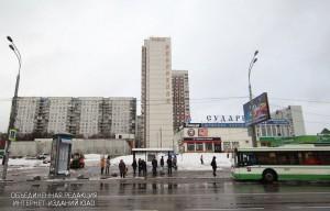 Автобусная остановка в районе Зябликово
