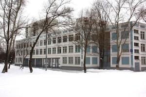 На фото школа №534 в Зябликове