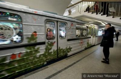 В Москве более 235 тысяч человек воспользовались общественным транспортом в ночь на Рождество