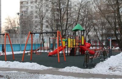 Детская площадка в районе Зябликово