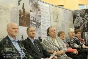 """На выставке """"Моссовет на защите Москвы"""""""