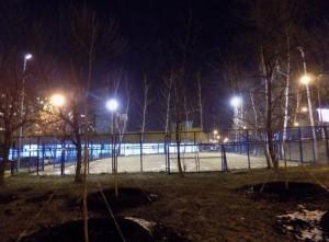 Освещение на спортивной площадке