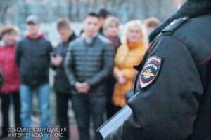 Участковый Дмитрий Грачев отчитался перед жителями района о проделанной работе