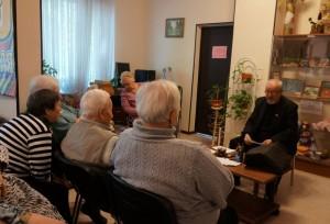 """Посетители ТЦСО филиала """"Зябликово"""" на встрече с писателем"""