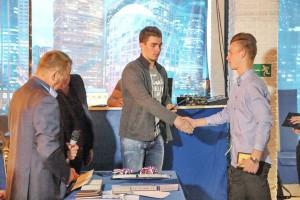 Хоккеист Егор Рыков  на встрече с юными хоккеистами