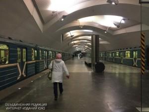 """Станция метро """"Шипиловская"""""""