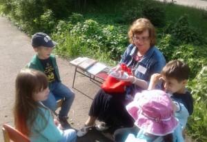 Библиотека №153 открыла летнюю читальню