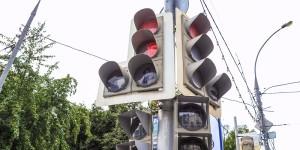 Светофоры в районе вымоют к осени