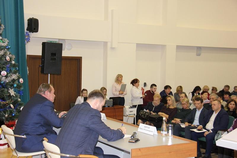 Зяб28декабря2018 встреча с префектом, Челышев, депутаты