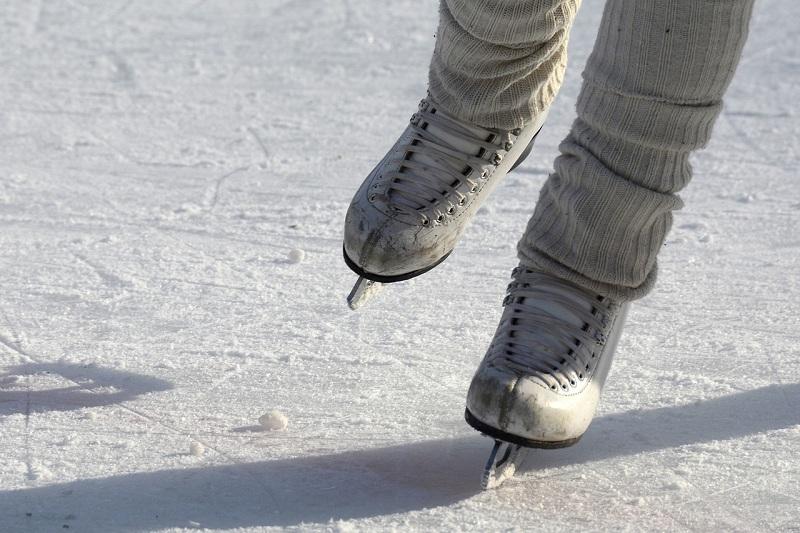 каток, лед, коньки, пиксибей, 2102