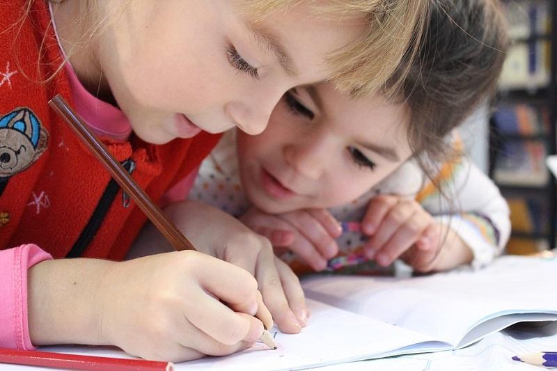 дети, рисунок, карандаш, Зябликово новоть на 29 марта