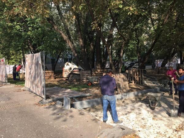 Сквер Победы, строительство парка, Дзугова, 1309 (3)