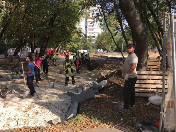 Сквер Победы, строительство парка, Дзугова, 1309 (4)