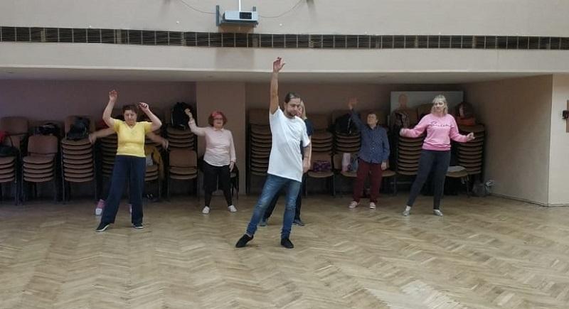 Московское долголетие, школа 2116, танцы, огурцов, Фролова, 2011 (22)