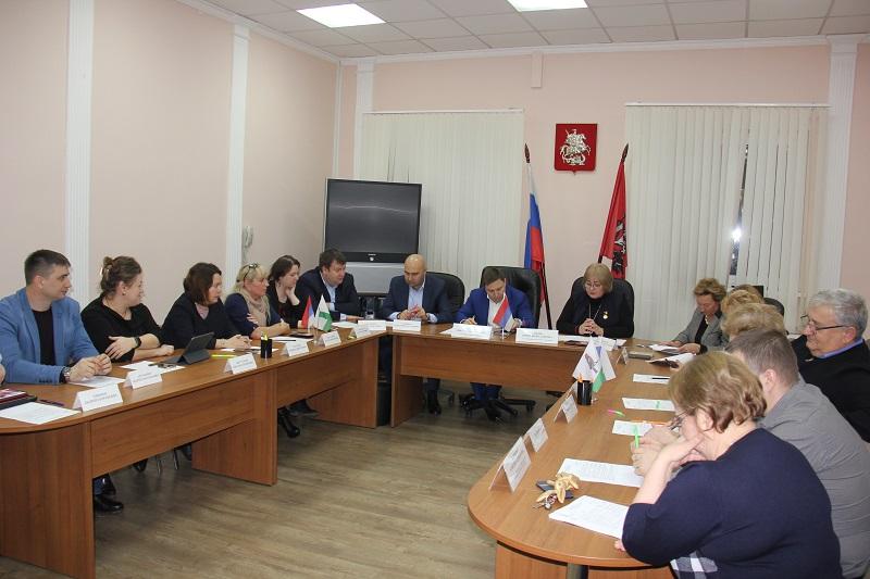 заседание, совет депутатов, Золкина, Нам, муниципалка, (2)