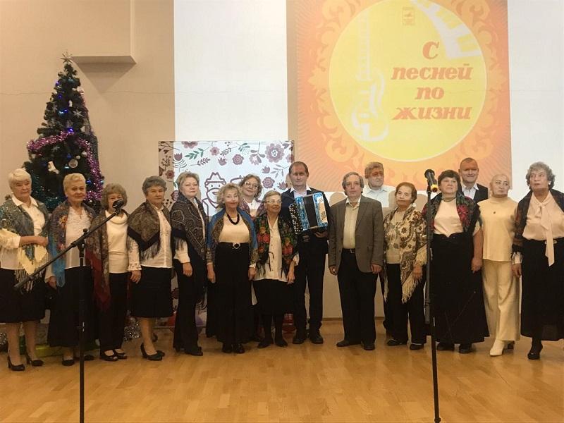 фестиваль, ТЦСО, долголетие, Нилова, песни, 2012 (9)