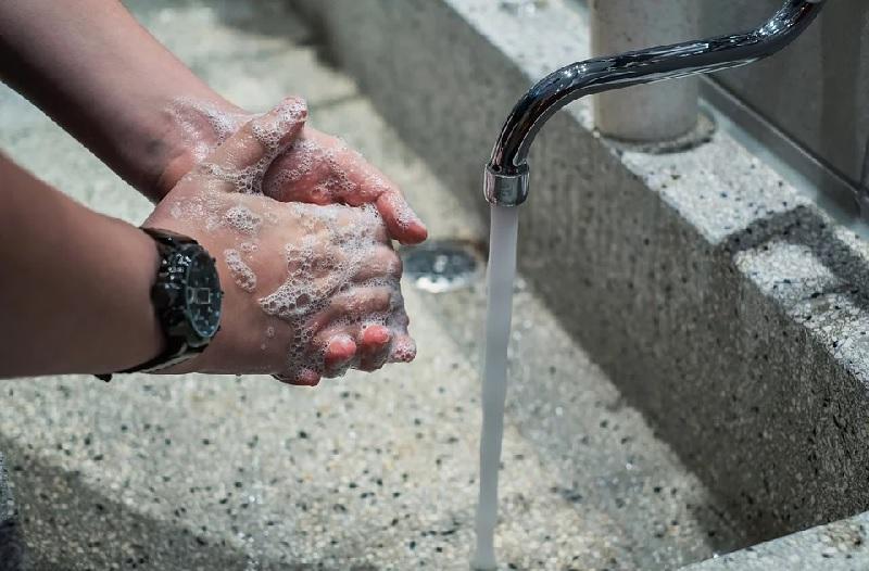 пиксбай мыть руки 2603