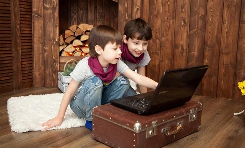 дети компьютер пиксабай 1704