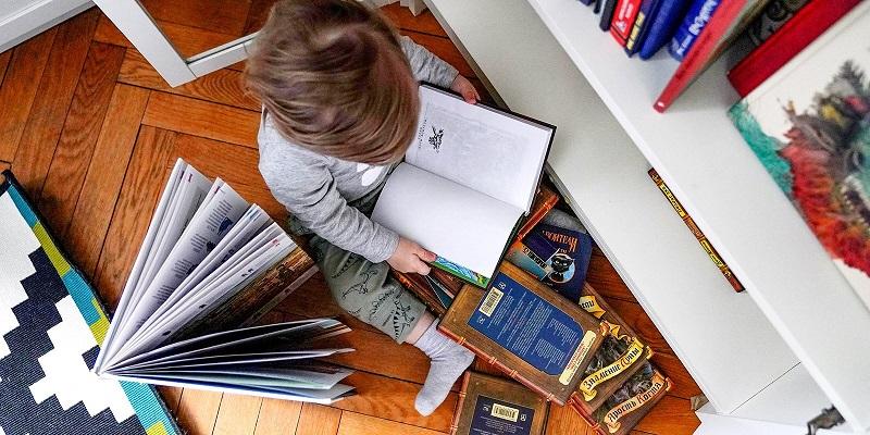чтение-книги-ребенок-библиотека-мос-ру